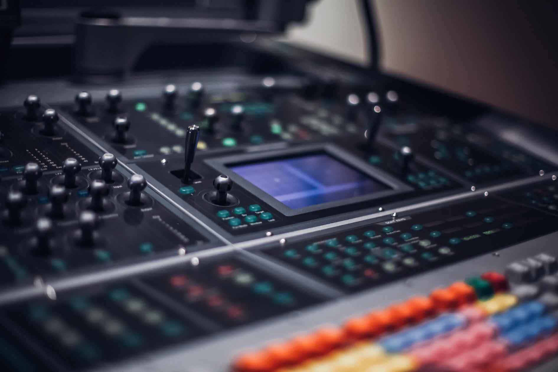 Sound Design AdHoc Studios